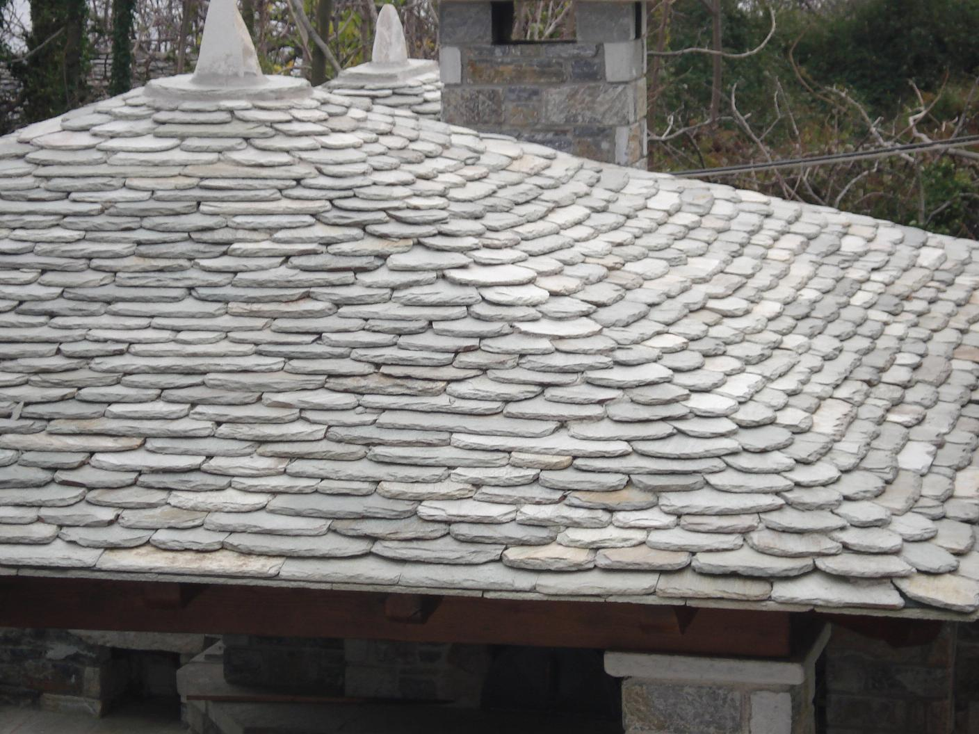 Roof tiles fish-scale type, hewn
