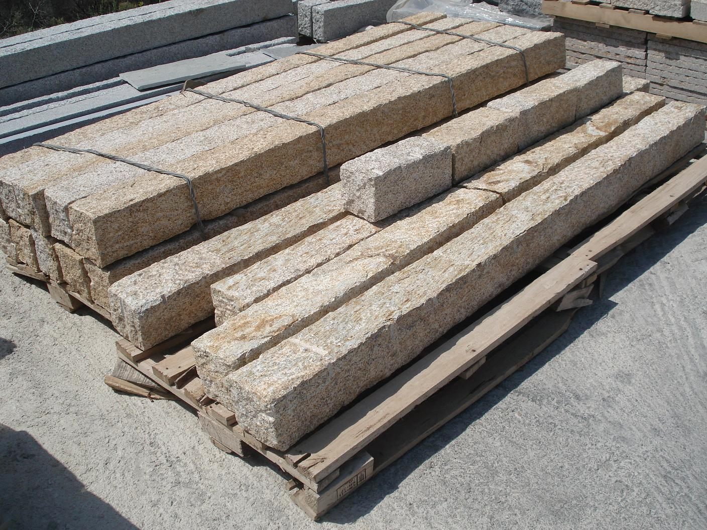 Beige Granite Ledge Stones